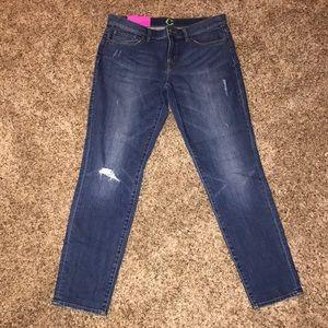 C Wonder Boyfriend Jeans Size 28 NEW WITH TAGS